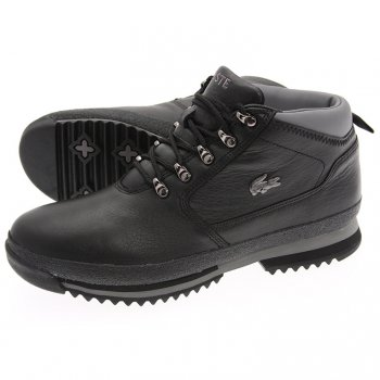 bf64633f613 This men s Upton Hiker Boot from Lacoste features a full tumbled leather .
